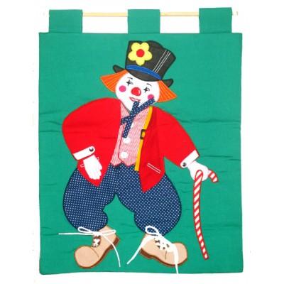 Dressing Clown